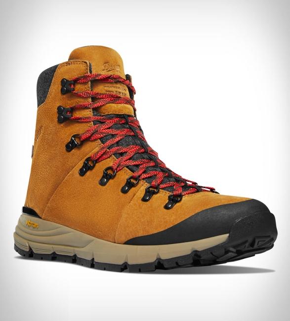 danner-arctic-600-side-zip-boots-6.jpg