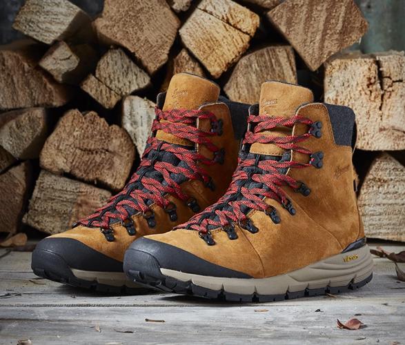 danner-arctic-600-side-zip-boots-7.jpg