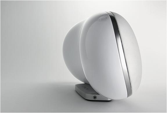 denon-cocoon-speaker-dock-4.jpg | Image
