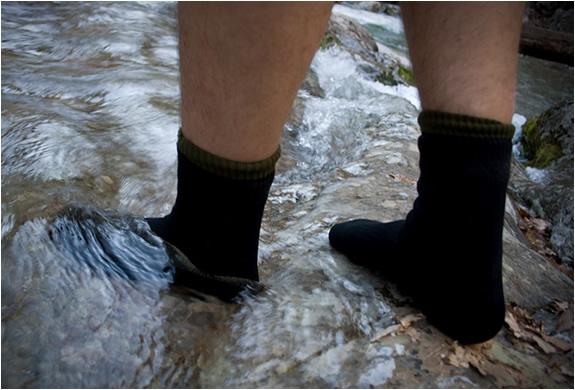 dexshell-waterproof-socks-3.jpg | Image