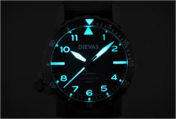 dievas-vortex-tactical-6.jpg