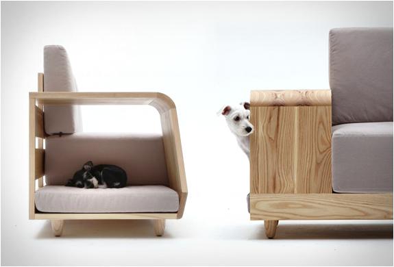 Dog House Sofa | By Seungji Mun | Image