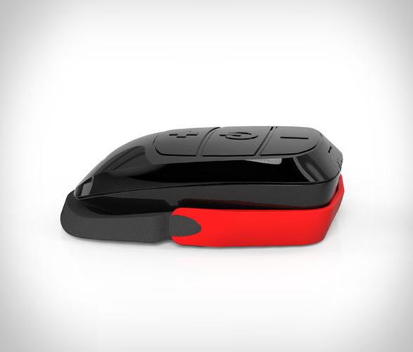 domio-helmet-audio-device-2.jpg   Image