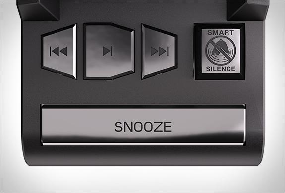 dreamer-alarm-clock-speaker-dock-4.jpg | Image