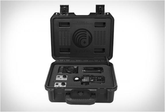 drytunes-waterproof-speaker-4.jpg | Image