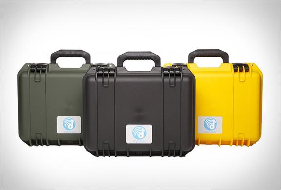 drytunes-waterproof-speaker-6.jpg