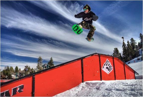 dual-snowboards-4.jpg | Image