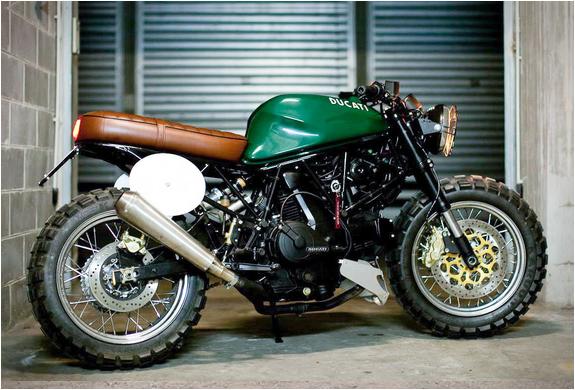 Ducati Super Sport 600 | By Marco Artizzu | Image