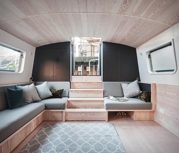 dusky-parakeet-houseboat-5.jpg | Image