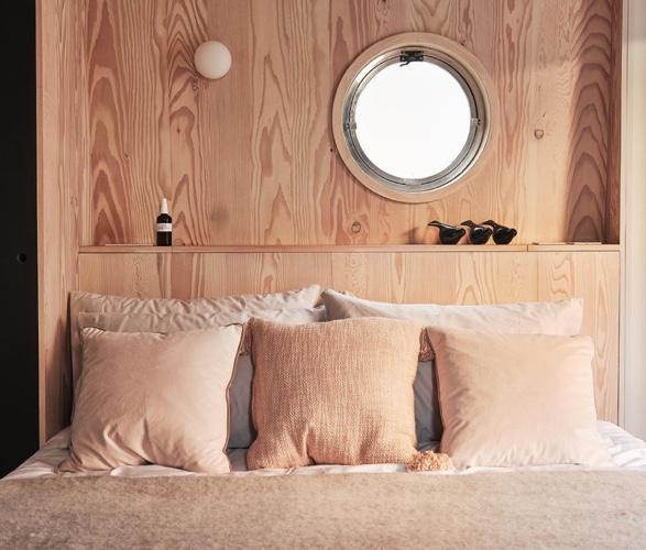 dusky-parakeet-houseboat-8.jpg