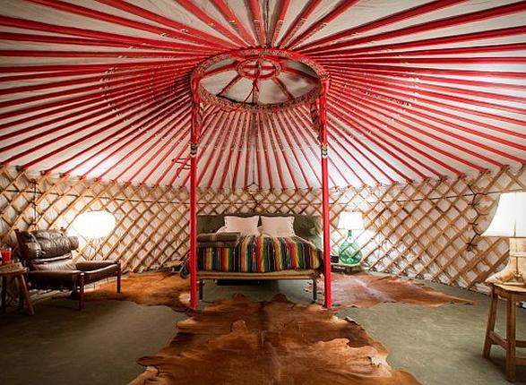 el-cosmico-hotel-11.jpg