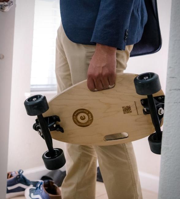 elos-skateboard-6.jpg