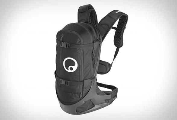 ergon-bc2-backpack-2.jpg | Image