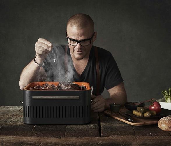 everdure-cube-portable-grill-4.jpg   Image