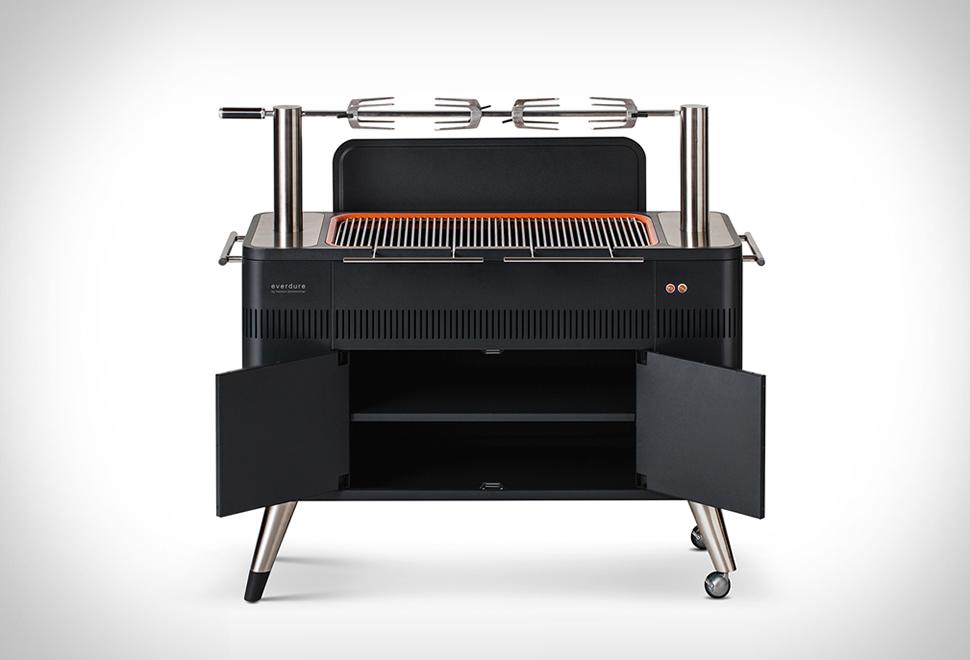 Everdure Hub Charcoal BBQ | Image