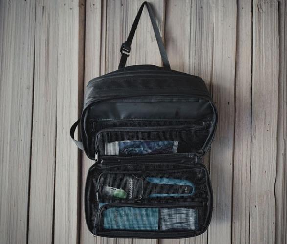 explorer-max-toiletry-bag-5.jpg | Image