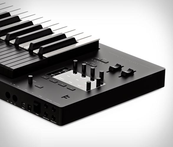 expressive-e-osmose-keyboard-4.jpg | Image
