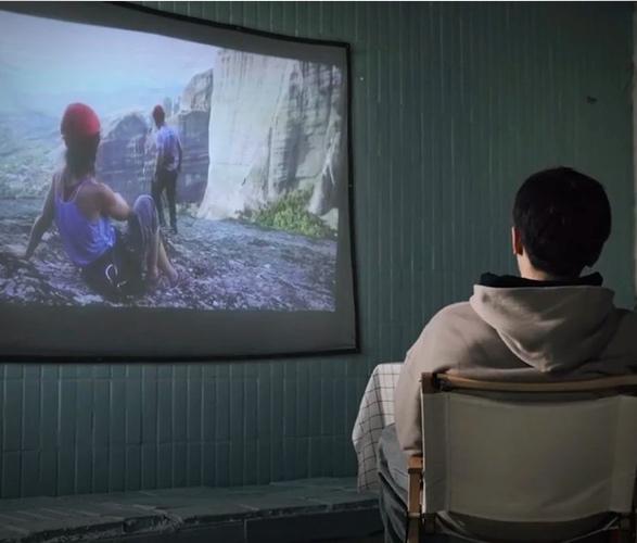 filmatic-outdoor-projector-6.jpg