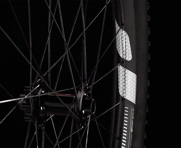 flectr-360-bike-reflector-3.jpg | Image