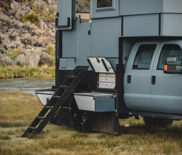 ford-f-550-camper-6.jpg