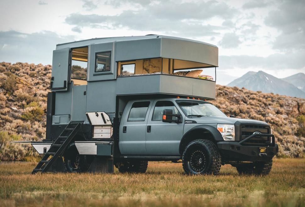 Ford F-550 Camper | Image