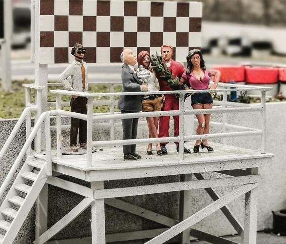 formula-1_slot-car-racetrack-7.jpg