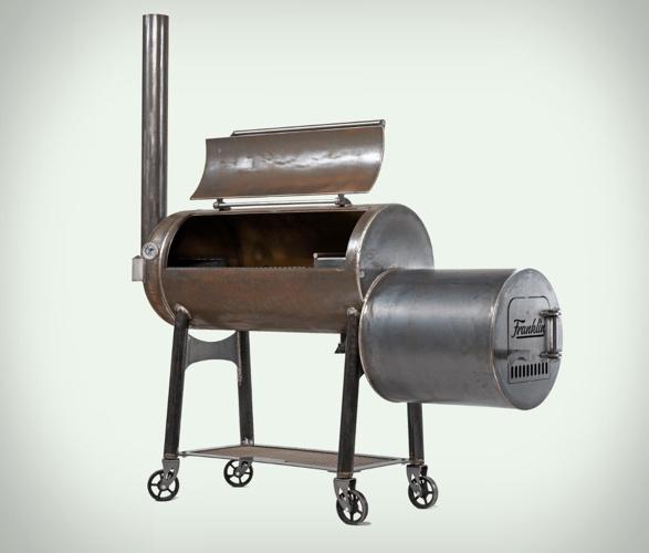 franklin-barbecue-pit-4.jpg | Image