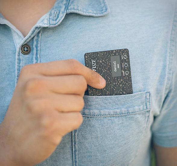fuze-smart-credit-card-3.jpg   Image