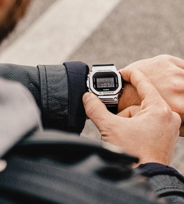 g-shock-gm-5600-metal-bezel-watch-3.jpg | Image