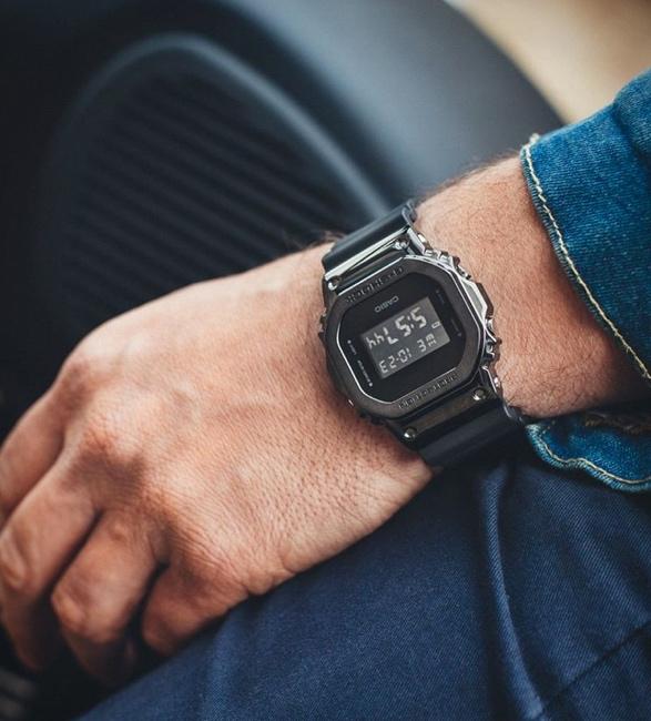 g-shock-gm-5600-metal-bezel-watch-6.jpg