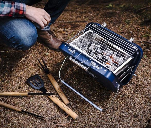 gentlemen-hardware-portable-barbecue-3a.jpg | Image