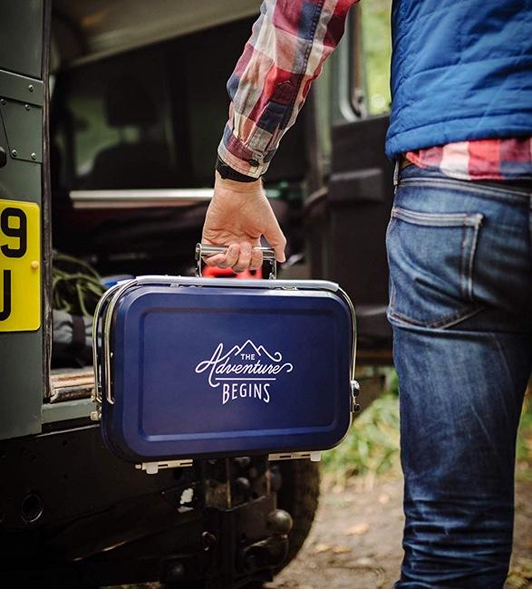 gentlemen-hardware-portable-barbecue-6.jpg