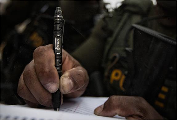 gerber-impromptu-tactical-pen-3.jpg | Image