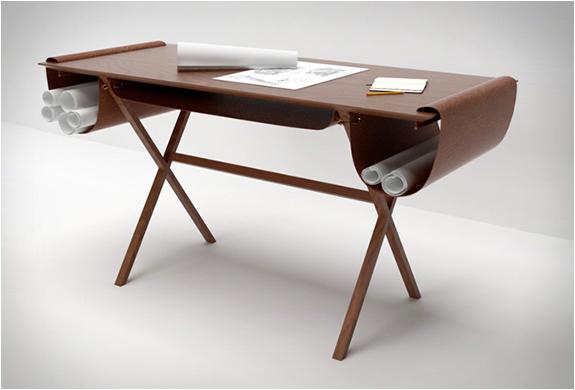 giorgio-bonaguro-oscar-desk-2.jpg | Image