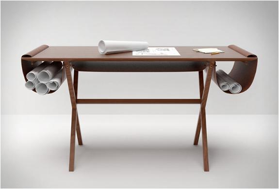Oscar Desk | By Giorgio Bonaguro | Image
