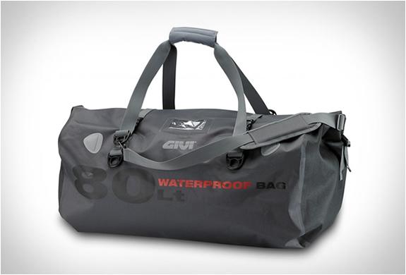 givi-waterproof-motorcycle-bags-5.jpg | Image