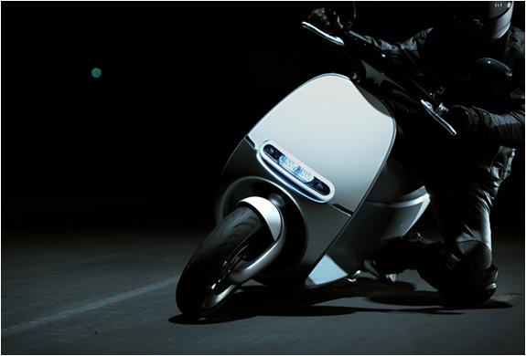 gogoro-smartscooter-14.jpg