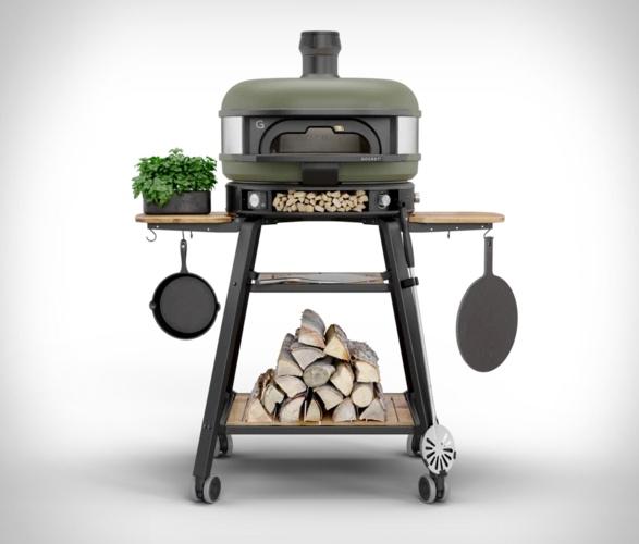 gozney-dome-outdoor-oven-9.jpg