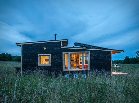 greenmoxie-tiny-house-11.jpg