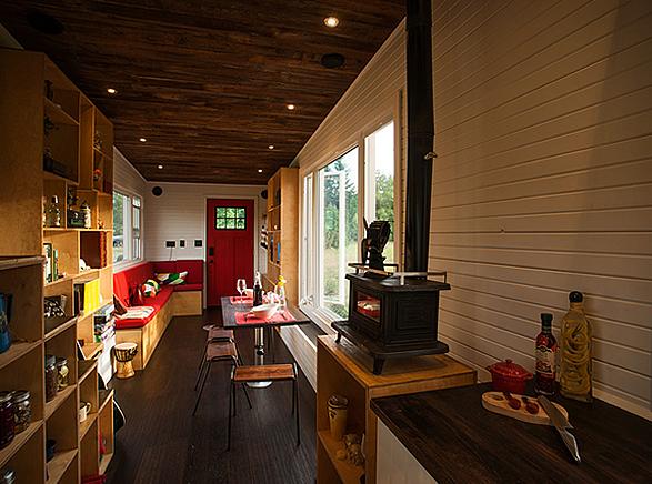 greenmoxie-tiny-house-6.jpg