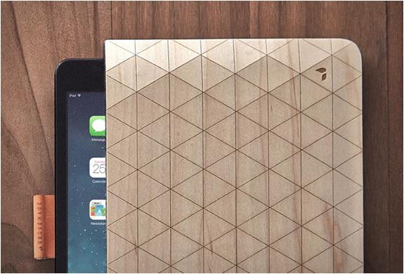 groovemade-wood-sleeves-3.jpg   Image