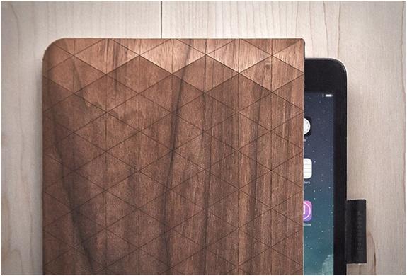 groovemade-wood-sleeves-4.jpg   Image