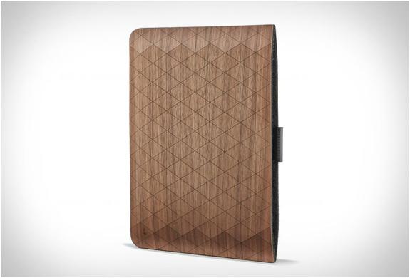 groovemade-wood-sleeves-7.jpg