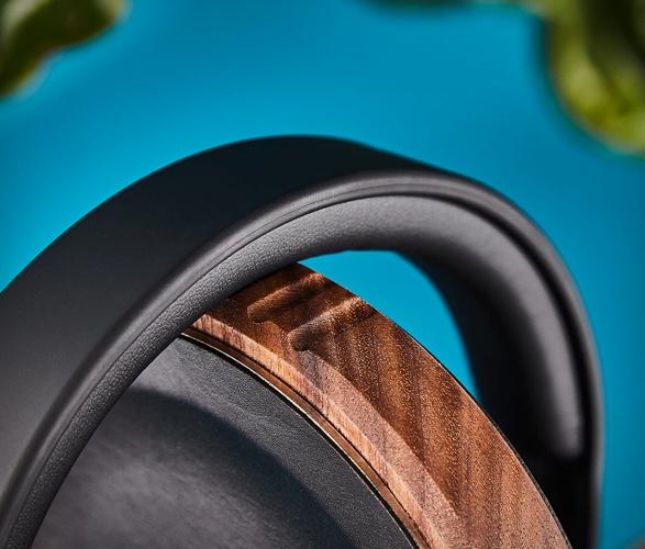 grovemade-headphone-stand-5.jpg | Image