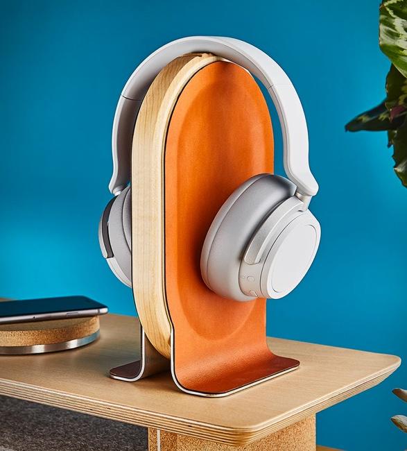 grovemade-headphone-stand-6.jpg