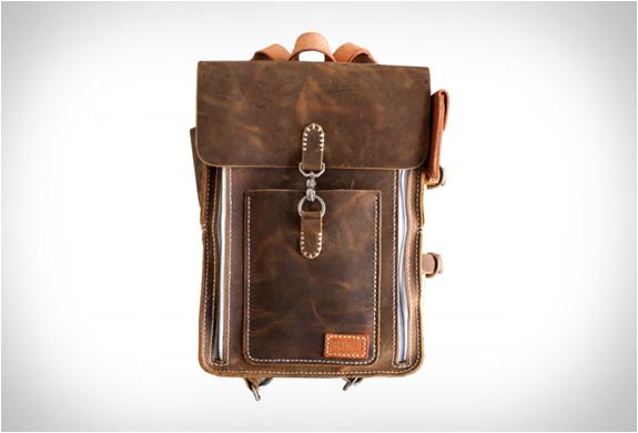 handmade-camera-axe-bags-3.jpg | Image