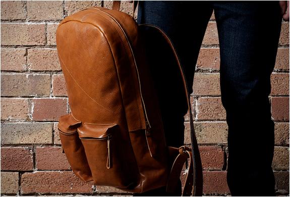 hard-graft-old-school-laptop-rucksack-3.jpg | Image