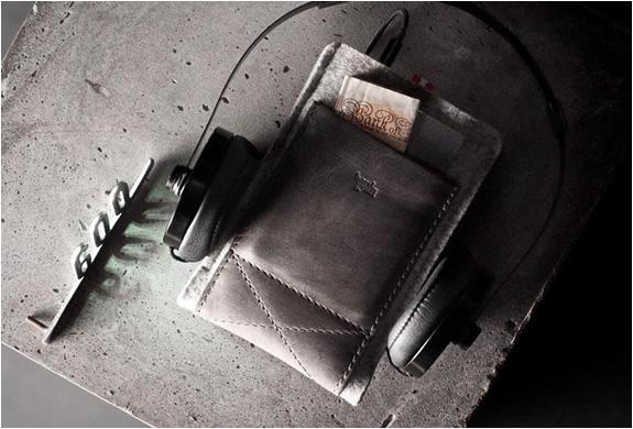 hard-graft-pocket-phone-case-3.jpg | Image