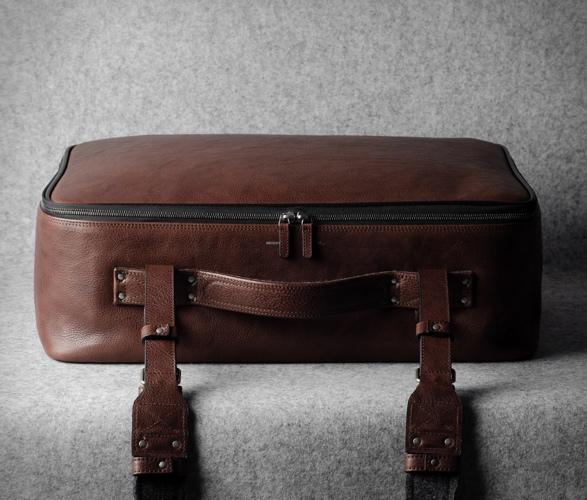 hardgraft-carry-on-suitcase-5.jpg | Image