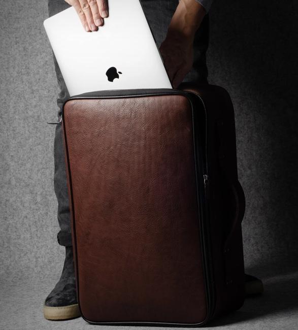 hardgraft-carry-on-suitcase-6.jpg